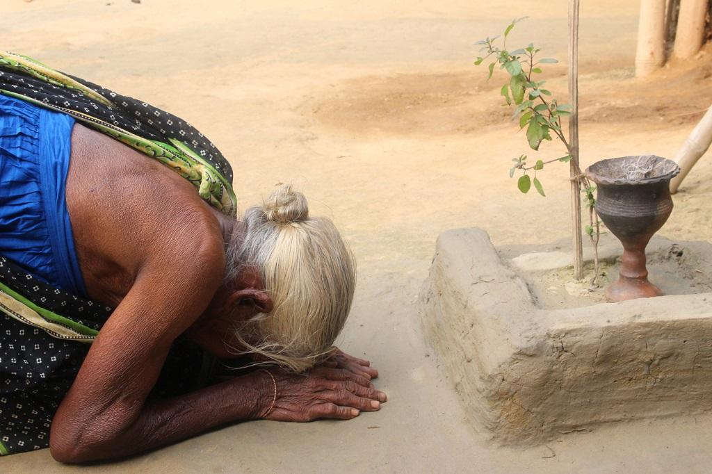 Photo of ওরাঁওদের বিপন্নতার গদ্য